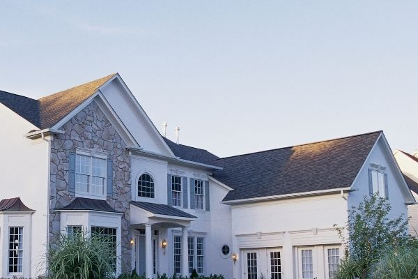 Professional Roofers in Maryland Will Let You Know Roofs Last 10 Years on Average